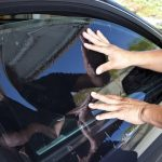 4 Pertimbangan Sebelum Membeli Kaca Film untuk Mobil